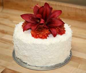 Modelos De Tortas Con Flores Naturales Chica De 15
