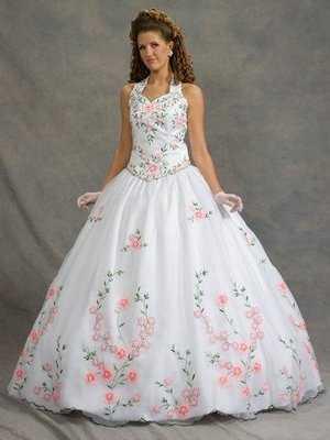 vestidos de quinceanera 2011. El vestido de toda quinceañera