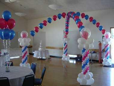 Nuevos diseños de arcos de globos para tus quinces
